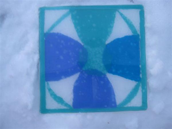 Glas i sne, slumpet glas